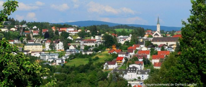 freyung-freizeitangebote-grafenau-ausflugsziele-niederbayern-stadtansicht