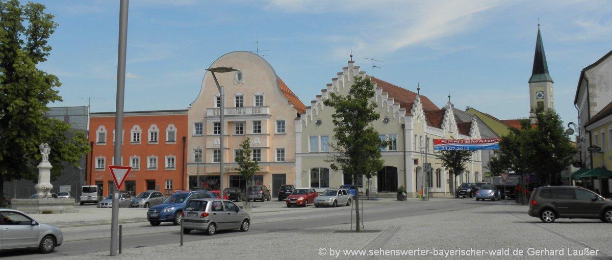 osterhofen-ausflugsziele-niederbayern-sehenswürdigkeiten-stadtplatz