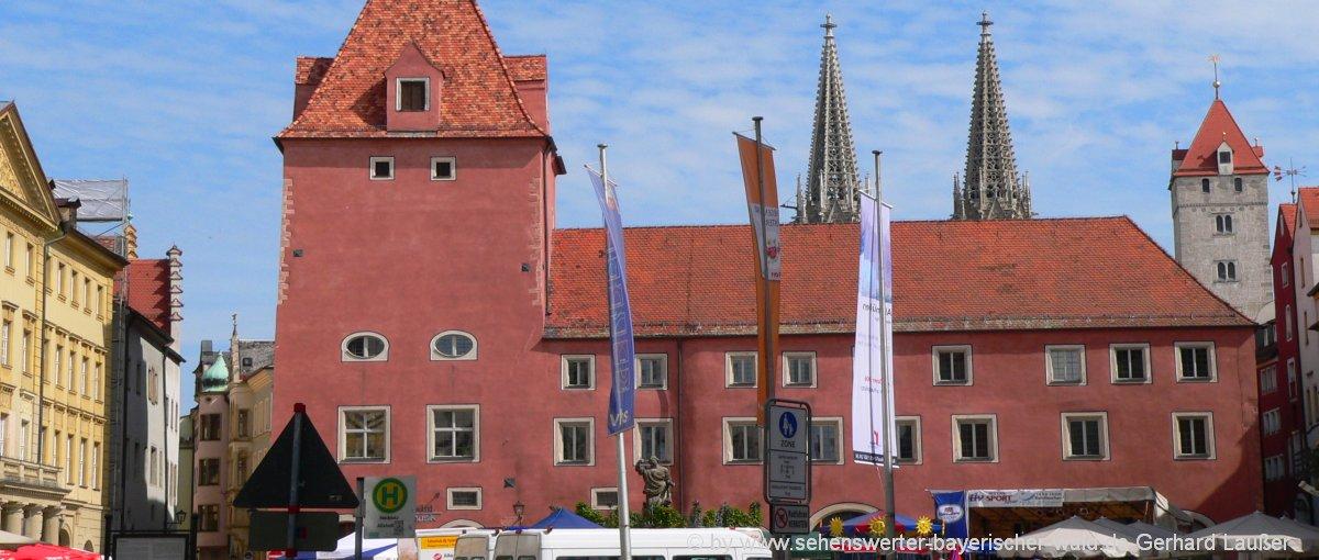 Haidplatz in Regensburg Treffpunkt und lecker Essen gehen